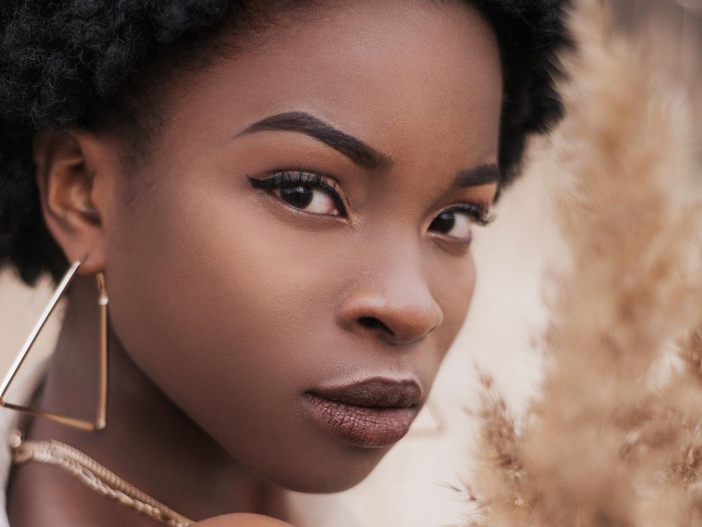 So'Senz prône la beauté de la peau noire et de toutes les couleurs de peaux